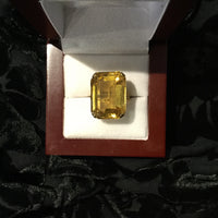 Ladies Citrine Dinner Ring