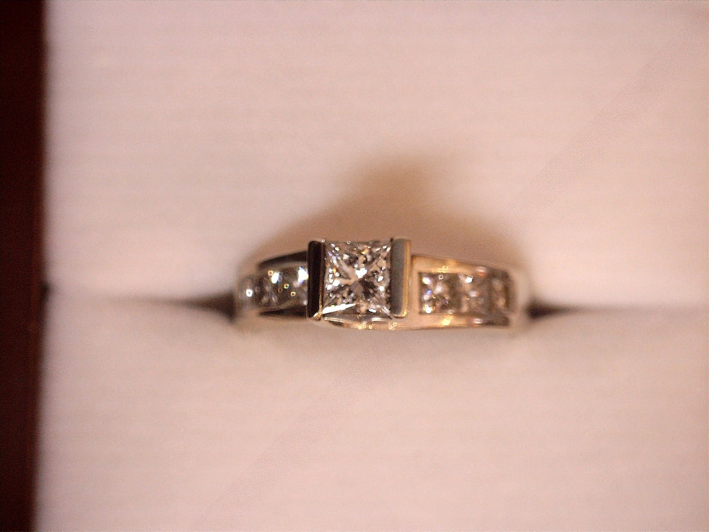 14K White Gold .53ct Princess