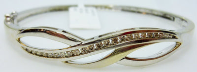 Ladies Gold Diamond Bangle