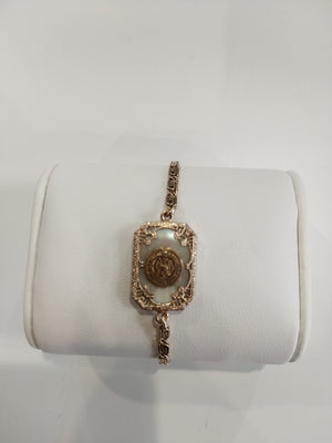 4.4g Gold plated 1855 Mother of Pearl Pennsylvania State Colledge Braclet