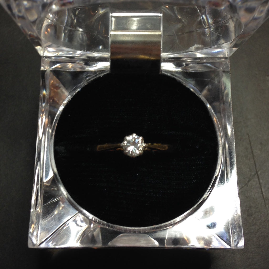 .30ct 18K Ladies Engagement Ring