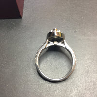 19K 1.02 ct SI2 I Good Cut Marquis