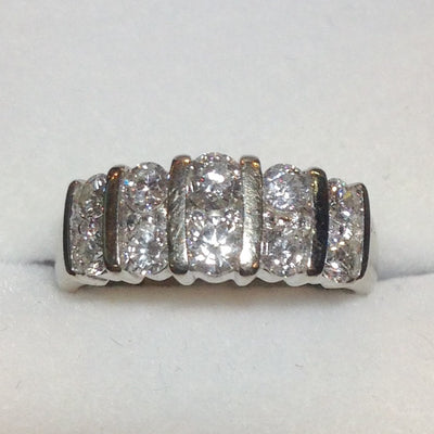 4.4g 14k White Gold Diamond Dinner Ring