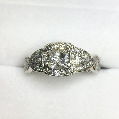 5.4g 14k White Gold 0.62ct SI1 H Engagement Ring