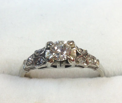0.28ct 18k Diamond Ring