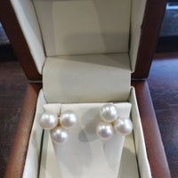2.9g 14K Yellow gold cultured pearls posts