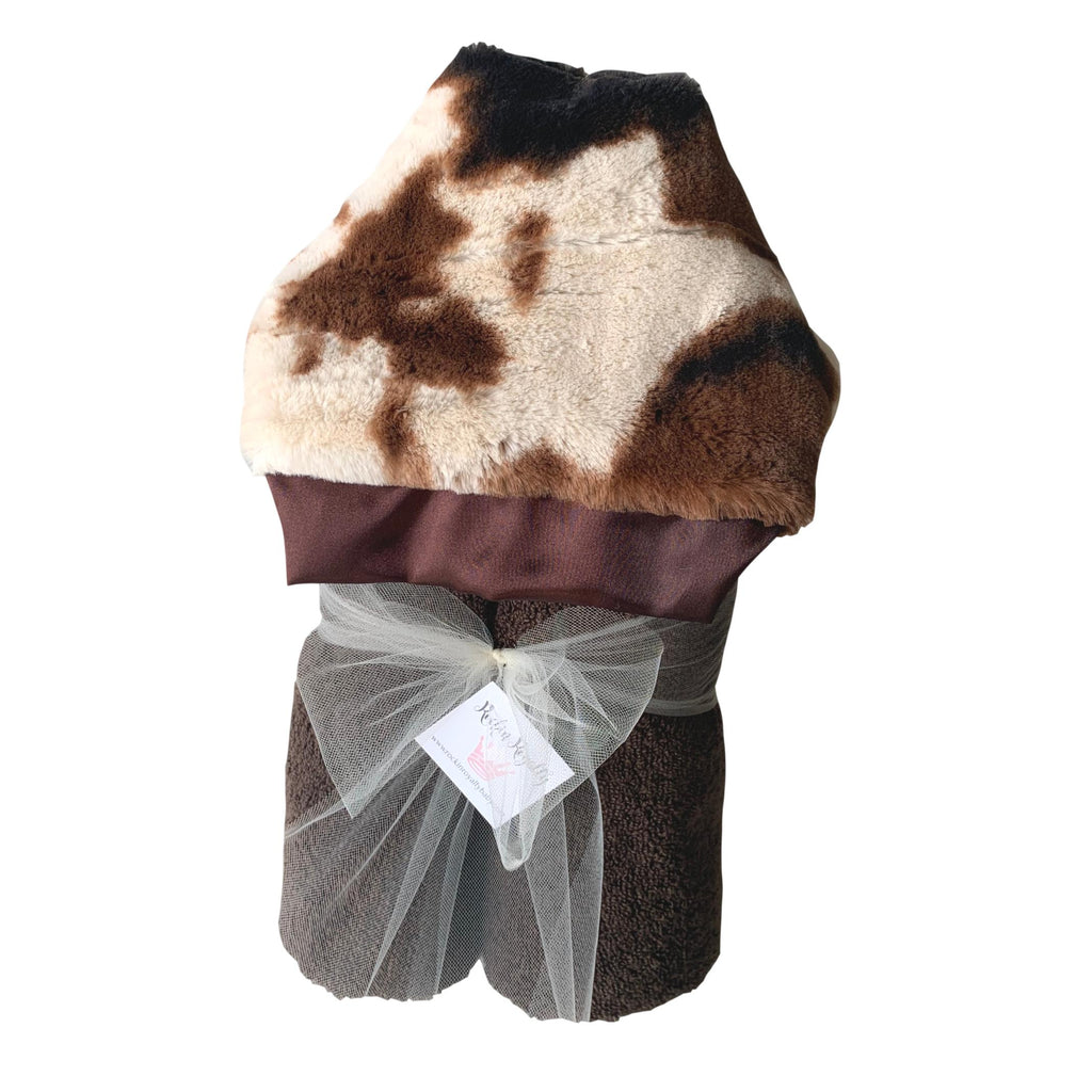 Plush Hooded Bath Towel- Giddy Up Cow
