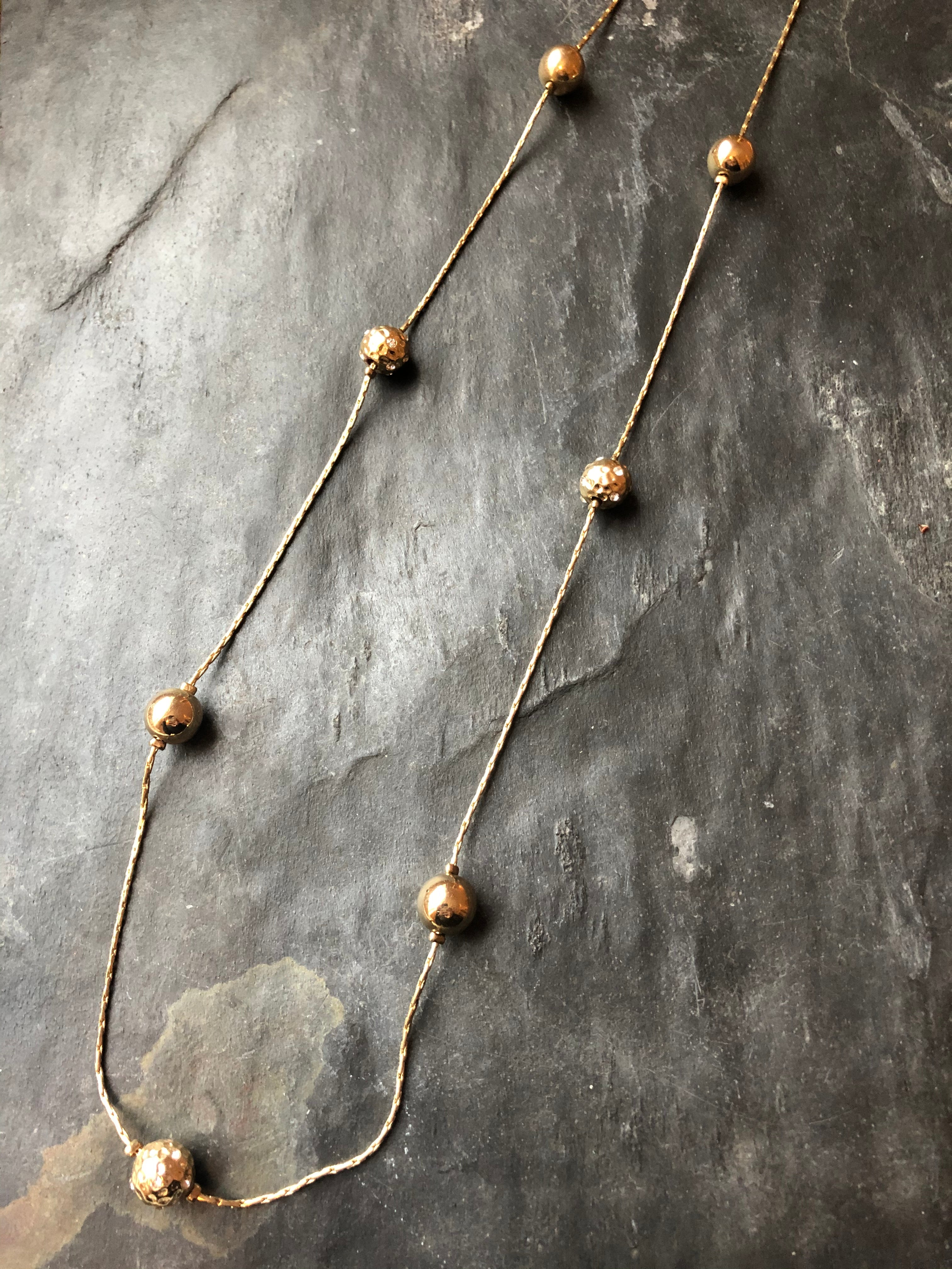 Seperated Balls Gold Necklace