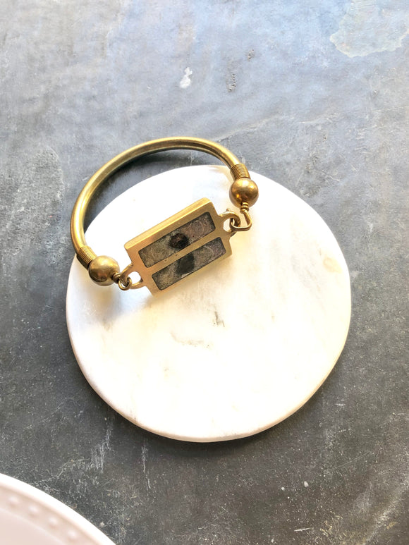 1970 Vintage Stone Medallion Brass Bangle Bracelet