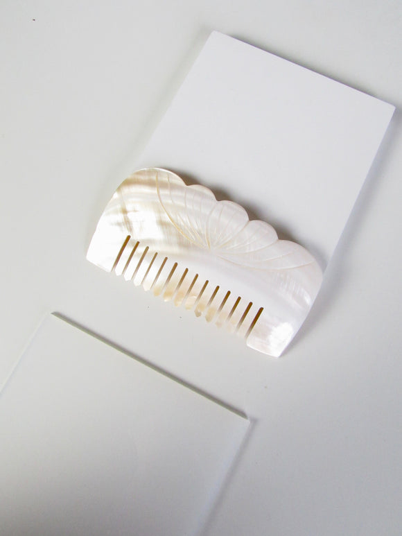 Flower Engraved Natural Seashell Comb