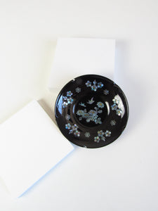Round Mother of Pearl Lacquer Jewelry Plate