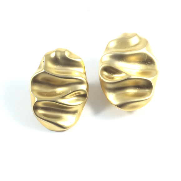 1980' Ami Runway Gold Ripple Clip-on earrings