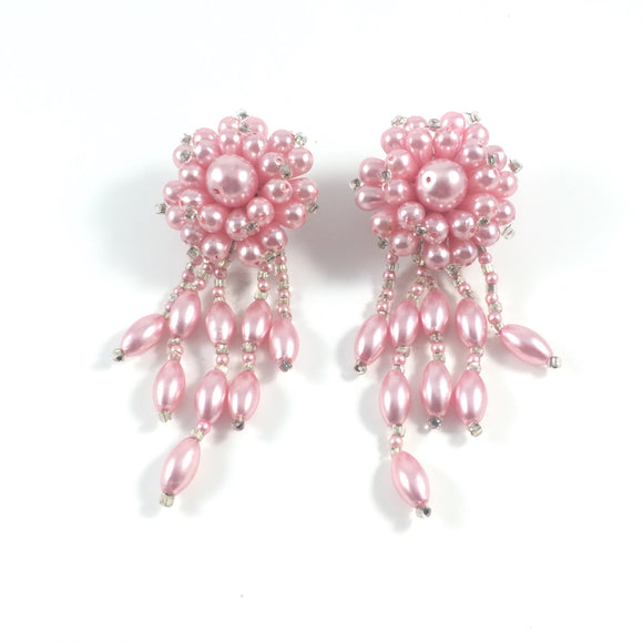 Vintage 60s Babypink Classic Cha Cha Beads Clip-on Earrings