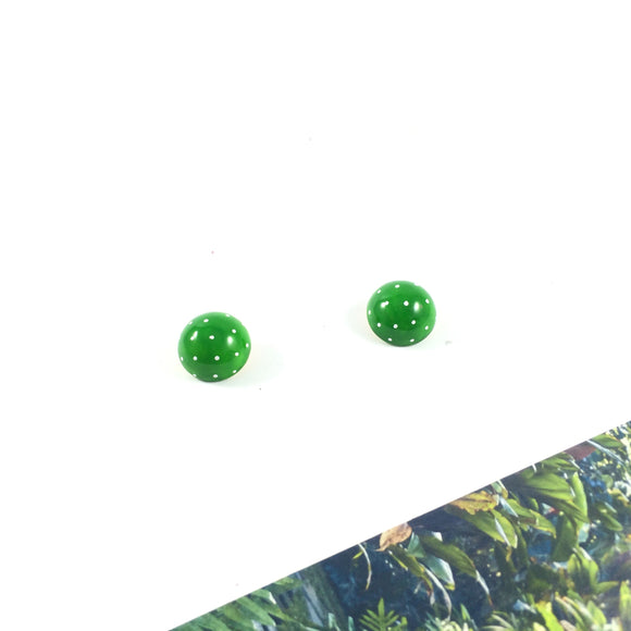 Vintage Crisp Apple Gum Drop Clip-on Earrings