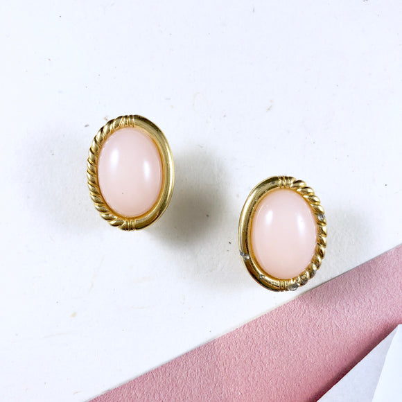 70s Trifari Classic Pink Cabochon Gold Farmed Earrings