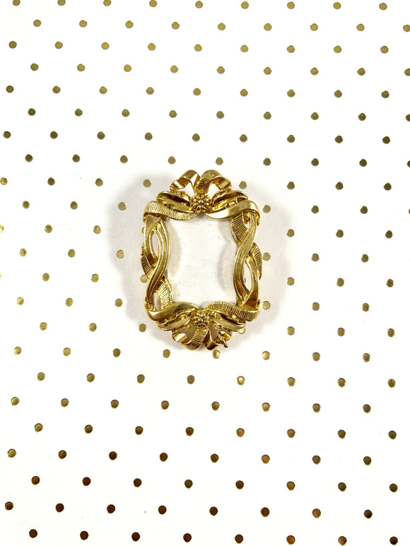 Vintage 70s Gold Picture Frame Brooch