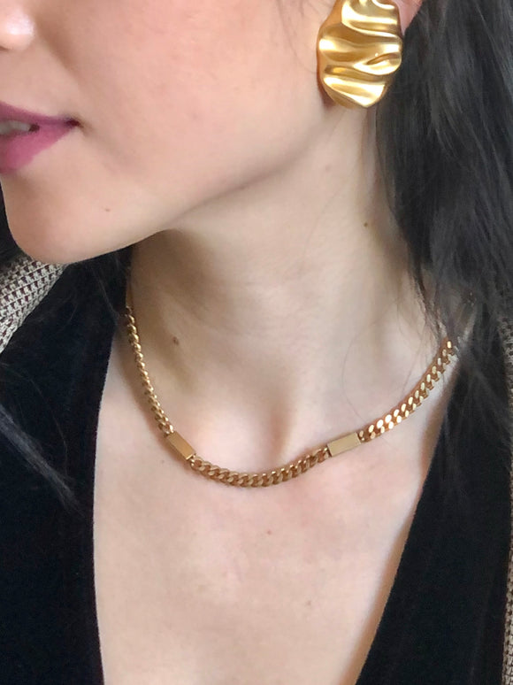 Trifari Rectangle Gold Curb Chain Choker Necklace