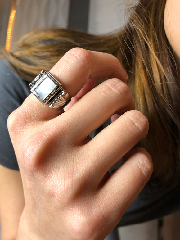PD Rectangle White Mother Of Pearl Silver Cocktail Ring