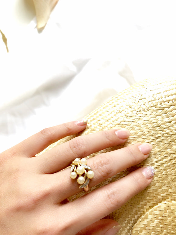 Avon Floral Pearl & Crystal 14k Gold Plated Statement Ring