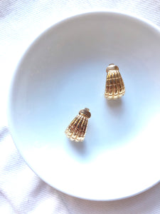 Avon Shell Shape Gold Clip On Earrings