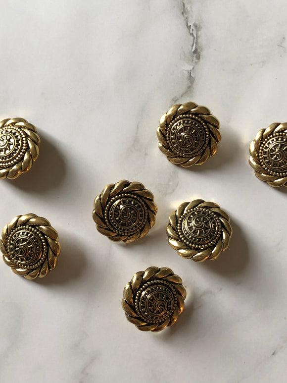 Flower Filigree Gold Vintage Metal Button Set of 7 pcs
