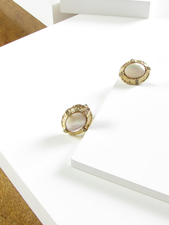 Oval White Mother Of Pearl Gold Cufflinks