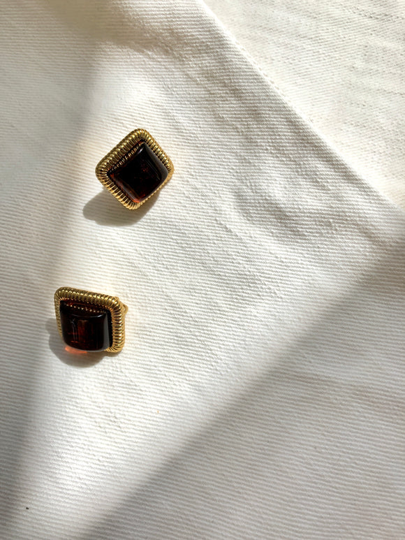 Embed Rectangle Red Gold Clip On Earrings