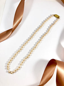 Vintage 70s Monet Champagne Pearl Necklace