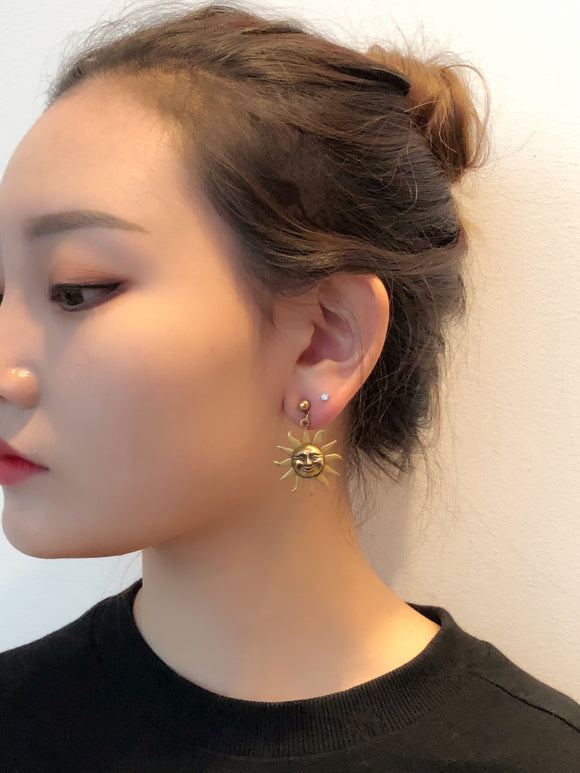 Vintage Alva Museum Replica Sun of Knowledge Sun Face Earring