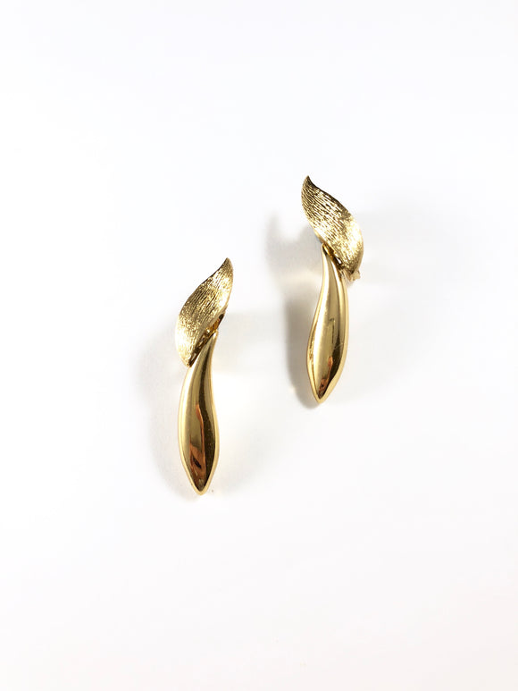 Vintage 70s Monet Gold Brush Earrings