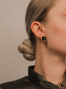 Jenn Embed Black Gold Clip On Earrings