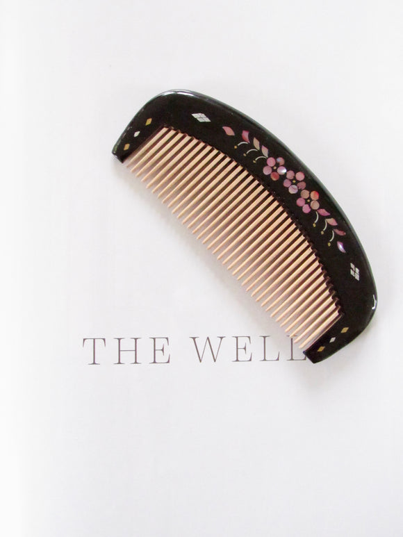 Small Sakura Black Lacquer Hair Comb