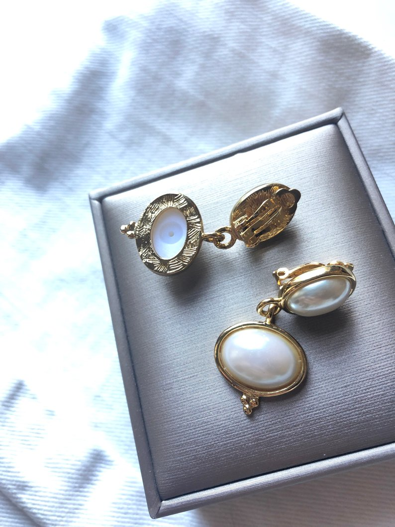 Two Oval Pearl Gold Dangle Earrings
