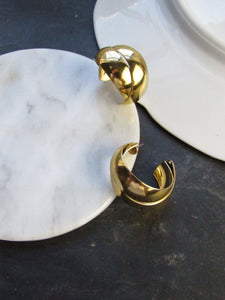 Minimalist Crossed Band Gold Hoop Earrings