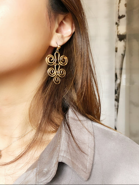 Abstract Swirl Gold Dangle Earrings