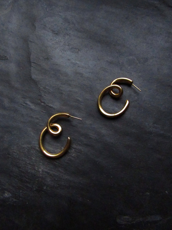 Swirl Line Gold Pierced Earrings