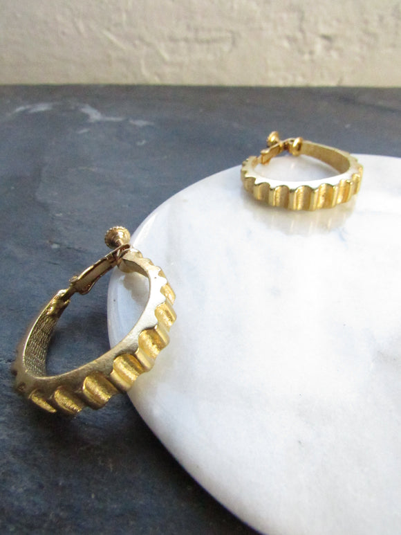 Zigzag Gear Gold Clip On Earrings