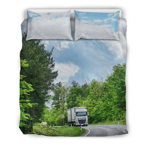 Truck on the long road Bedding Set