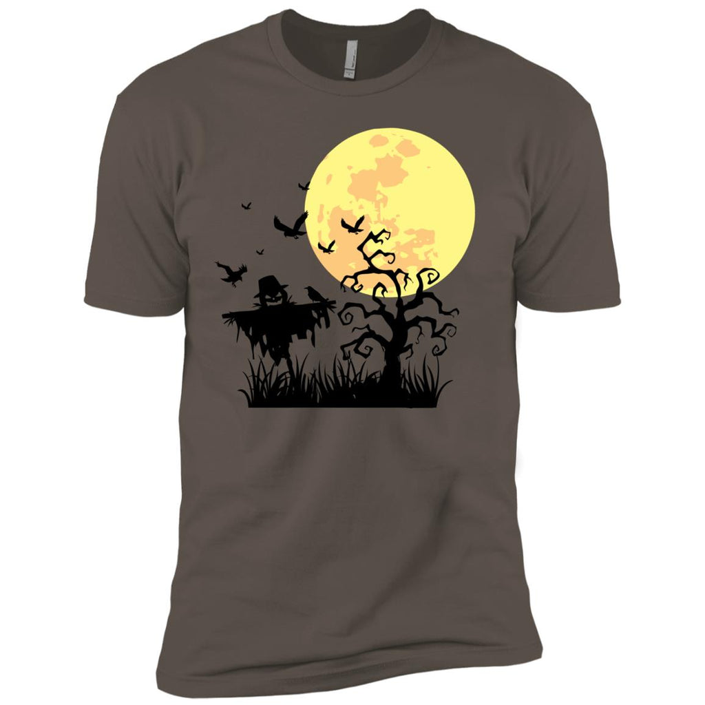 A PUMPKIN SCARECROW IN THE CORNFIELD AND MOON Premium T-Shirt