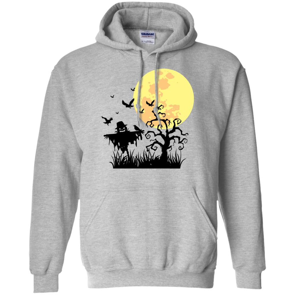 A PUMPKIN SCARECROW IN THE CORNFIELD AND MOON Pullover Hoodie