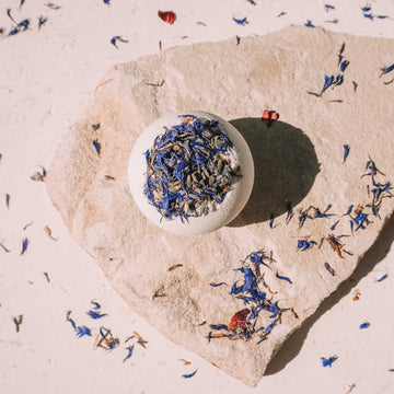 BYRON BAY BATH BOMBS - MOON