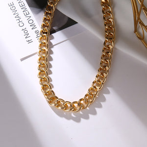 ELLA CHAIN NECKLACE