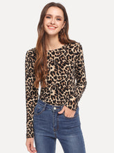 Slim Fitted Leopard Print Tee