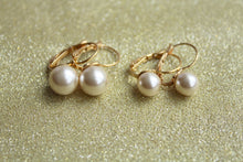 Solitaire Pearl Fish Hook Closing