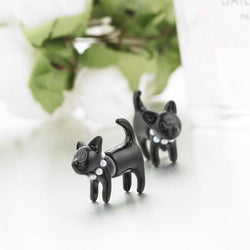 Pearl Collar Kittens Stud Earrings
