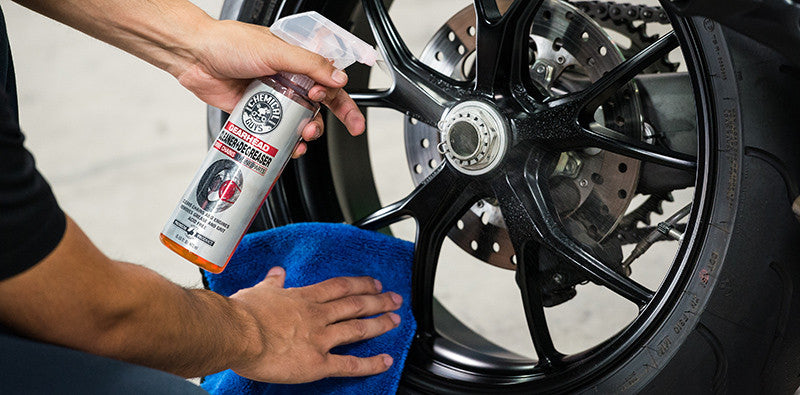 Chemical Guy Gearhead Motorcycle Cleaner & Degreaser for Drivechains and Engine Parts - 16oz
