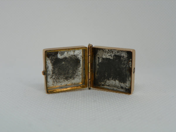 Victorian Locket Box. Gold Filled. Tiger's Eye Carved with Figure and Onyx Back.