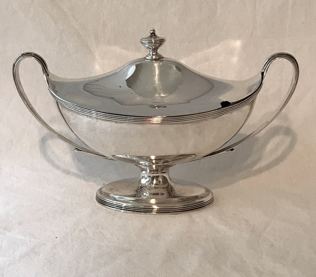 Small Sauce Tureen. Georgian English Sterling Silver. London 1791. Henry Chawner