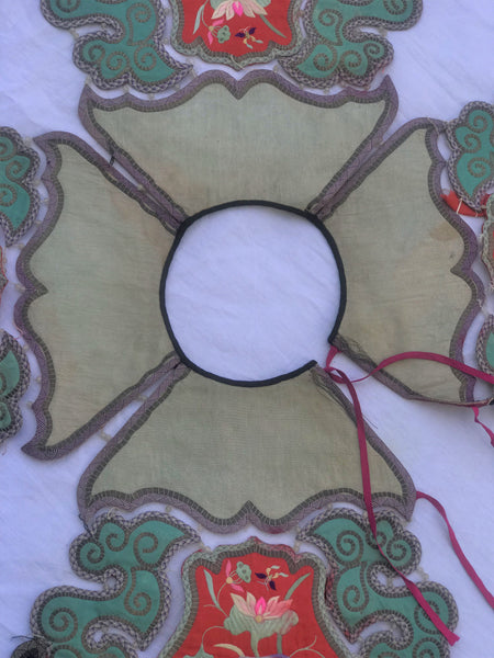 Republic Period Chinese Embroidery Collar with Tassels. Very Good Condition.