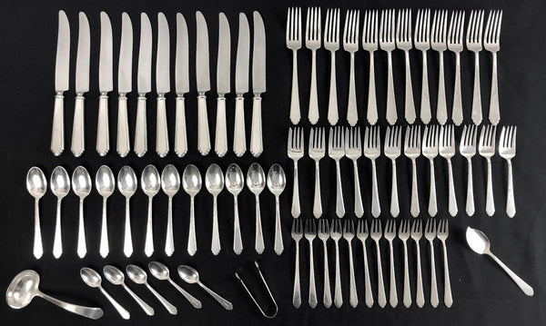 William & Mary (Sterling,1921,No Monos) by Lunt Silver Service for 12, 56 Pieces